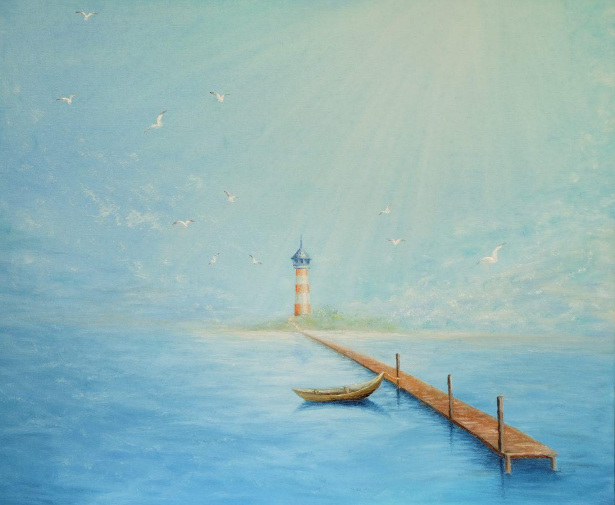 Маяк в синем море